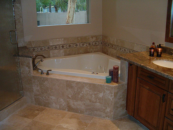 Prestige Services LLC, Erie, PA :: Bathroom Tub