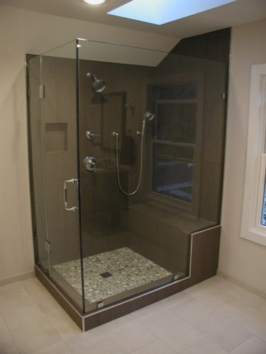 Prestige Services LLC, Erie, PA Showers